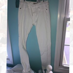 White Barely-Worn Abercrombie Jeans